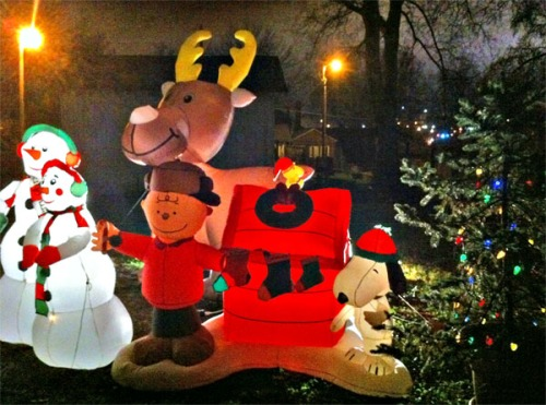 Charlie Brown, Snoopy, Woodstock, and friends blow in for the holiday season.