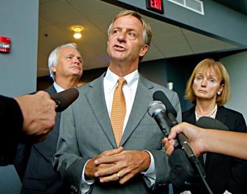 From left, Tennessee Senate Majority leader Ron Ramsey, Governor Bill Haslam, House Speaker Beth Harwell.